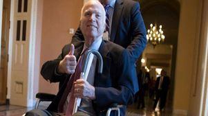 Ο γερουσιαστής Τζον Μακέιν αποφάσισε να σταματήσει τη θεραπεία για τον επιθετικό καρκίνο