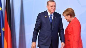 Γερμανικό χαλί στον «σουλτάνο» Ερντογάν