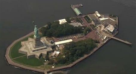 Εκκενώνεται το Liberty Island της Νέας Υόρκης λόγω εκρήξεων φιαλών προπανίου