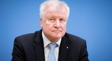 Ο Ζεεχόφερ βλέπει πρόοδο στις συνομιλίες με την Ιταλία