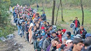 Χιλιάδες πρόσφυγες αρχίζουν να επιστρέφουν στην Νταράγια