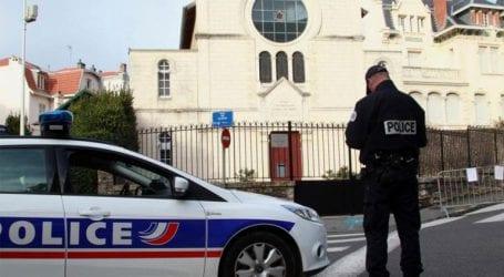 Συνελήφθη άνδρας για την παρενόχληση και τον ξυλοδαρμό μίας γυναίκας σε δρόμο του Παρισιού