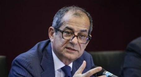 Ο υπουργός Οικονομίας ανακαλεί στην τάξη τους ντι Μάιο-Σαλβίνι