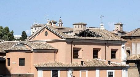 Κατέρρευσε οροφή μίας ιστορικής εκκλησίας στο κέντρο της Ρώμης