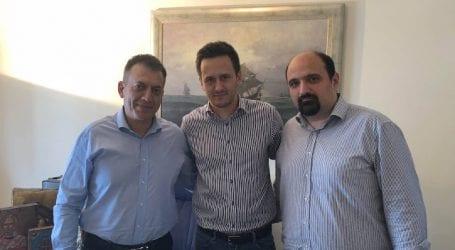 Μπάινει γερά στην κούρσα ο Τριαντόπουλος