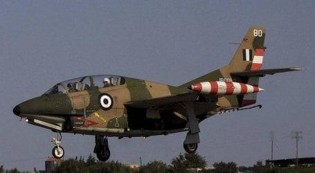 Βίντεο με αεροσκάφος Τ-2 σε περιδίνηση