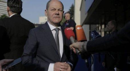 «Οι σταθερές συντάξεις θα αποτρέψουν έναν Γερμανό Ντόναλντ Τραμπ»