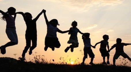 «Παιχνίδια με το Σώμα και το Νου» για παιδιά στην Αγριά