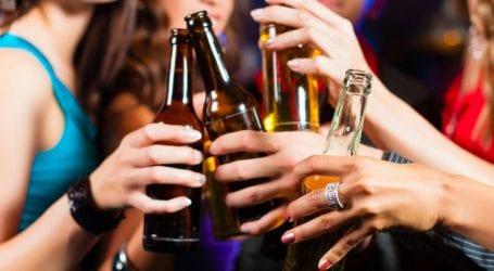 «Δεν υπάρχει ασφαλές όριο στην κατανάλωση αλκοόλ»