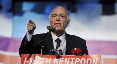«Ο κ. Τσίπρας μοιράζει παροχές που αφορούν την επόμενη κυβέρνηση»
