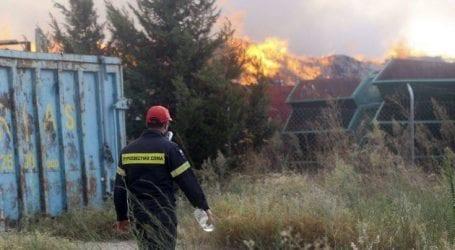 Καθησυχαστικοί για τη φωτιά στη Σίνδο οι δήμαρχοι της περιοχής