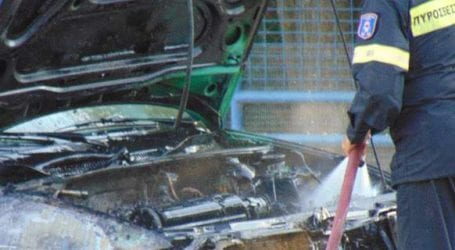 Τρίκαλα: «Λαμπάδιασε» ΙΧ στη μέση του δρόμου -Σώος ο οδηγός