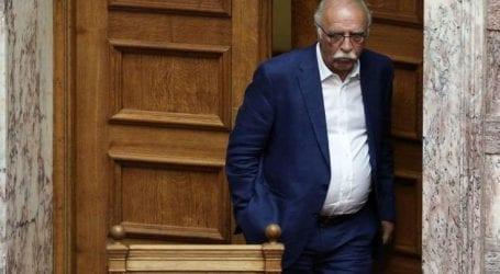 Οι φωστήρες της αντιπολιτευτικής μανίας μιλούν για «κακοδιαχείριση της Ελλάδας»