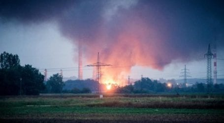 Υπό έλεγχο τέθηκε η πυρκαγιά στο διυλιστήριο του Φόμπουργκ