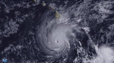 Τουλάχιστον έξι νεκροί από τον ισχυρό τυφώνα Τζέμπι