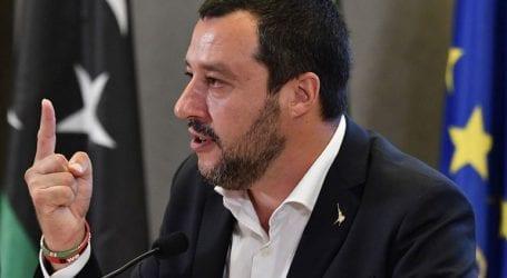 Η ιταλική κυβέρνηση δεν θα «τινάξει στον αέρα» τους δημόσιους λογαριασμούς