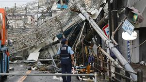 Έντεκα νεκροί, εκατοντάδες τραυματίες, χάος στο αεροδρόμιο