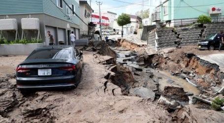 Τουλάχιστον ένας νεκρός, 32 αγνοούμενοι και 120 τραυματίες μετά τον σεισμό των 6,7R στο Χοκάιντο
