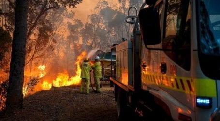 Tην μεγαλύτερη απειλή δασικών πυρκαγιών τα τελευταία 15 χρόνια αντιμετωπίζει η Αυστραλία