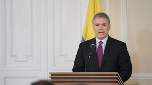 Ο πρόεδρος Ντούκε δήλωσε ότι περιμένει από τον ELN την απελευθέρωση όλων των ομήρων