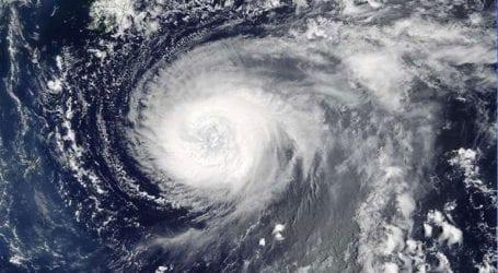 Ο τυφώνας Φλόρενς αναβαθμίστηκε στην κατηγορία 4