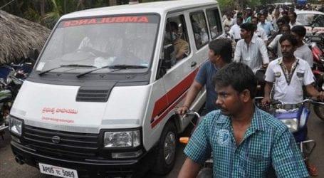 Ινδία: Λεωφορείο έπεσε σε χαράδρα