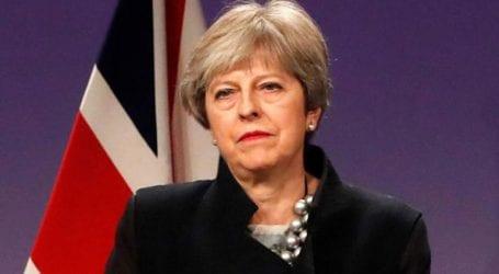 Εσωκομματικά βέλη κατά Μέι με «αιχμή του δόρατος» το Brexit