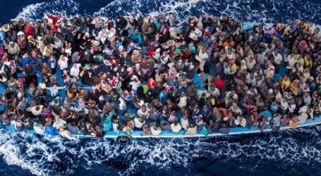 184 μετανάστες από την Τυνησία έφτασαν στη Λαμπεντούζα