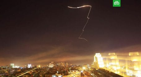 Η συριακή αντιαεροπορική άμυνα κατέρριψε ισραηλινούς πυραύλους στη Δαμασκό