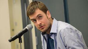 Σε νοσοκομείο του Βερολίνου νοσηλεύεται ο Πιοτρ Βερζίλοφ, ακτιβιστής των Pussy Riot, ως θύμα δηλητηρίασης