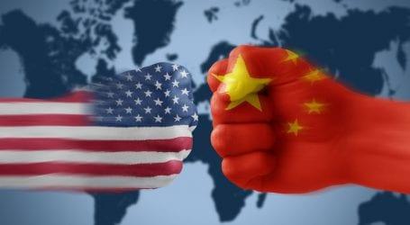 Κλιμακώνεται ο εμπορικός πόλεμος ΗΠΑ-Κίνας