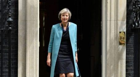 Η Μέι θα παρακάμψει τον επικεφαλής διαπραγματευτή της ΕΕ Μισέλ Μπαρνιέ για το Brexit