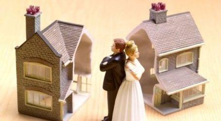 Ένα βήμα κοντύτερα στην ποινικοποίηση του «στιγμιαίου διαζυγίου» προχώρησε η Ινδία
