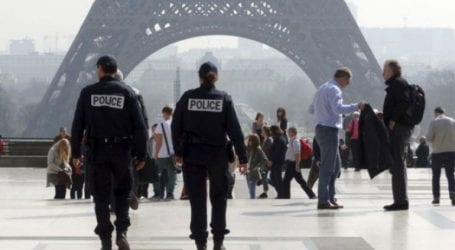 Είκοσι τόνοι Πύργων του Άιφελ κατασχέθηκαν σε έρευνες της αστυνομίας