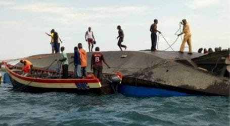 Σε τουλάχιστον 151 ανέρχονται οι νεκροί από ένα ναυάγιο