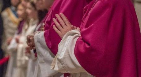 Η Διάσκεψη Επισκόπων συζητά τα σεξουαλικά σκάνδαλα