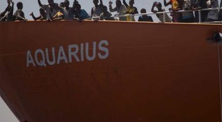 Το Aquarius κατευθύνεται προς τη Γαλλία και ζητεί να ανοίξει ένα λιμάνι για να δεχθεί τους μετανάστες που μεταφέρει