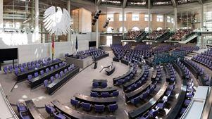 Πυκνώνουν τα σύννεφα της αβεβαιότητας στο Βερολίνο