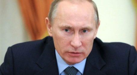 Η δημοτικότητα του Πούτιν έπεσε στο 67% σύμφωνα με νέα δημοσκόπηση