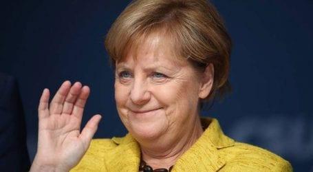 Η Άγγελα Μέρκελ θέλει να επανεκλεγεί πρόεδρος του CDU