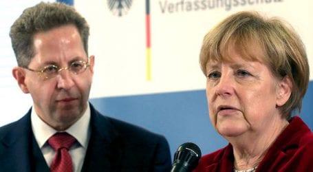 Το 89% των Γερμανών αμφισβητεί την ηγετική ικανότητα της Μέρκελ στην υπόθεση Μάασεν