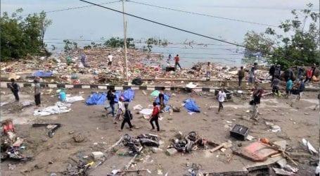 Στους 384 οι νεκροί από τον ισχυρό σεισμό και το τσουνάμι