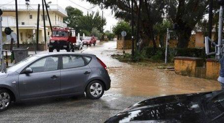 Πολύ μεγάλες οι ζημιές στην Κορινθία με καθίζηση δρόμων και υπερχειλισμένα όλα τα ποτάμια