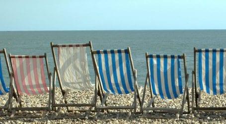 Δήμος αξιώνει αποζημιώσεις για τη μη τοποθέτηση καντινών σε παραλία