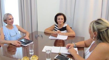 Συνάντηση Χρυσοβελώνη με τη γραμματέα Γυναικών των ΑΝΕΛ