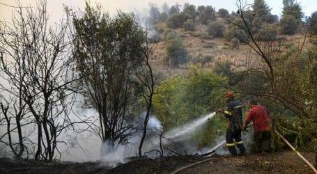 Φωτιά καίει χορτολιβαδική έκταση στην Ξυλόπολη Θεσσαλονίκης