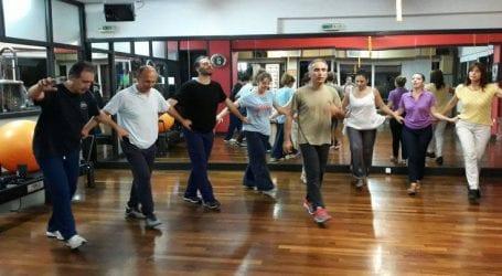 Παραδοσιακοί χοροί στους Δόλοπες