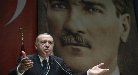 Εντολή Ερντογάν για αγοραπωλησίες ακινήτων μόνο σε τουρκική λίρα
