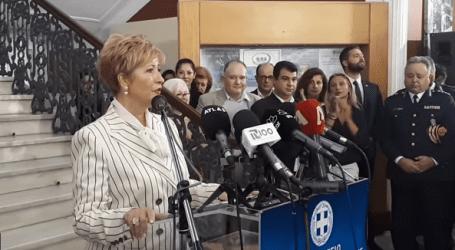«Ζήτω η Μακεδονία» φώναξε η Τσαρουχά παραδίδοντας το υπουργείο στη Νοτοπούλου
