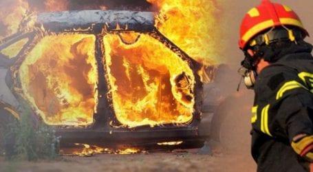 «Λαμπάδιασε» αυτοκίνητο έξω από τη Λάρισα